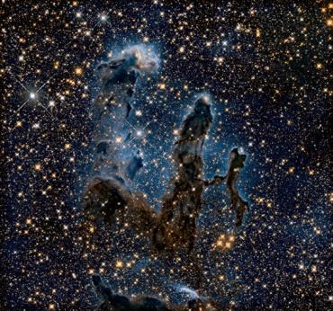 Imagem dos Pilares da Criação, um aglomerado de poeira e gás localizado a 7.000 anos-luz da Terra. Segundo a Nasa, esses Pilares não existem mais, embora ainda possamos vê-los.